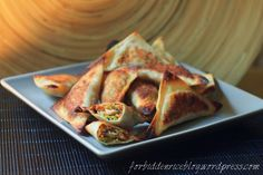 Baked wontons with veggies and rice noodles