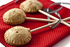 Maple Pecan Pie Pops