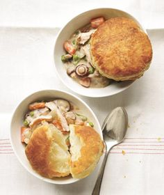 Slow-Cooker Creamy Chicken and Mushroom Potpie