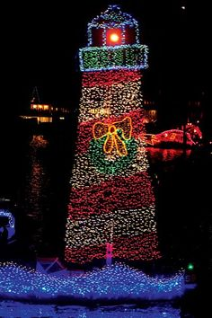 How to safely design a holiday lights display for your #boat #BoatUS