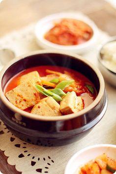 Kimchi Jigae... mmm!