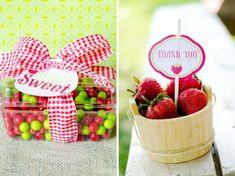 party favors, picnic parti, summer kids, gift, strawberri picnic