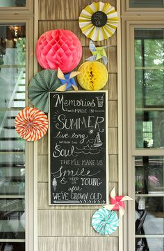 Less-Than-Perfect Life of Bliss: Summer Chalkboard Art on the Screened Porch summer chalkboards, screen porch, summer chalkboard art, paper crafts, screened porches