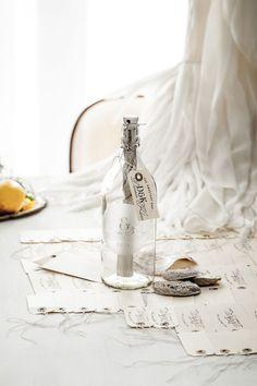 Convites de casamento originais que dizem tudo! E a mensagem na garrafa era um convite de casamento!