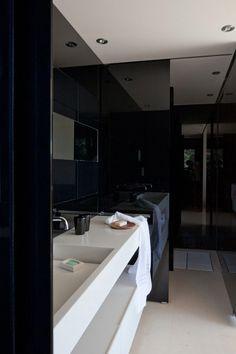 #bathroom black #homedecor #design #interior #bathroom #bath #bathtime #bathtub #bathing #vanity #sink #basin #toilet #mirror