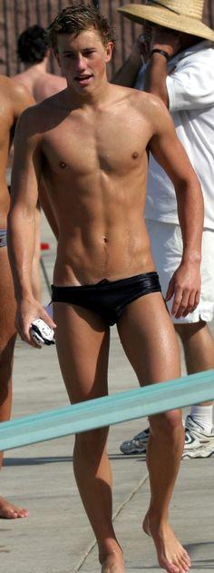 All things sports gear … swimmers, wrestlers, football players, jockstraps, speedos and spandex! http://jockbrad.tumblr.com/