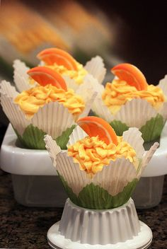 Orange Mimosa Cupcake with Orange Champagne Frosting