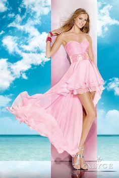 ¿Quieres viciarte viendo los Mejores Vestidos de Fiesta del 2014?  Pues sigue las flechas>>>