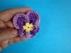 Crochet pansy flower motif  Анютины глазки How to crochet pansy Вязание крючком Урок 54