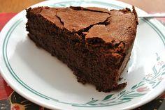 Scandi Home: Dark chocolate orange cake
