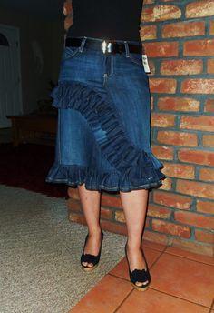 #Cute ruffle jean skirt  jean skirt #2dayslook #jean style #jeanfashionskirt  www.2dayslook.com
