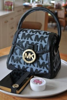 Michael Kors purse cake EPIC!