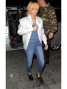 Overalls are back! Copy Ri's look on your first day!
