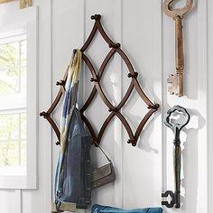 Expandable Coat Rack