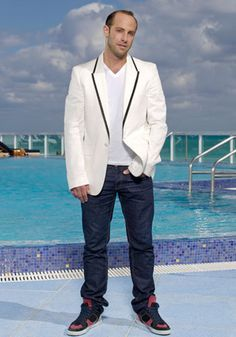Michael Cohen gay cast member on Miami Social, an American reality television series on Bravo that debuted on July 14, 2009. Read more: http://www.out.com/entertainment/2009/07/13/sex-and-beach