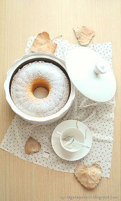 Κέικ απλό Το πιο απλό και νόστιμο κέικ!!!