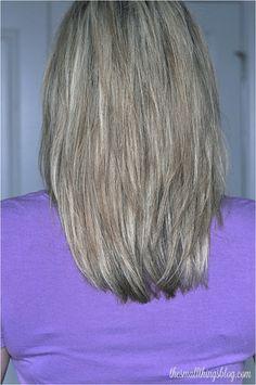 The Small Things Blog: My Haircut -- love her hair!