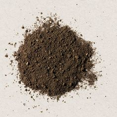 Building Healthy Soil - If your soil has too much clay in it, is too sandy, too stony or too acidic, don't despair. Turning a poor soil into a plant-friendly soil is not difficult to do, once you understand the components of a healthy soil.