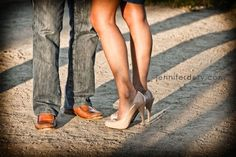 engagement photos, great legs, I mean shoes!  Jennifer Dery Photography
