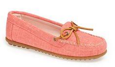 fashion, minnetonka canva, style, cloth, color, shoe size, shoe box, canva moccasin, canvases