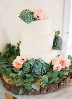 #succulent  Photography: Leila Brewster - leilabrewsterphotography.com  Read More: http://www.stylemepretty.com/2013/12/10/malibu-vineyard-wedding/