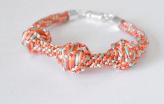 Kumihimo Tutorial Over Cords and Big Beads www.dreamalittlebigger.com