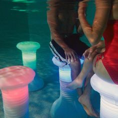 light up in pool bar stool!!!!!!!!!!!!!!!!!