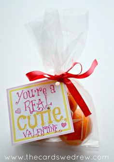 Clementine Valentine + Free Print {non-candy Valentine idea} - The Cards We Drew