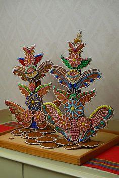 Gingerbread decorations by mismisimos, via Flickr