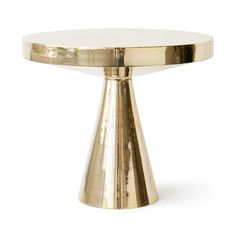 Hans Pedestal Table - when I first saw this i thought it was a cake stand... I like it either way! :D