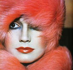 Vogue UK October 1975  Fox and mink coat wrapped round head  Photo Barry Lategan