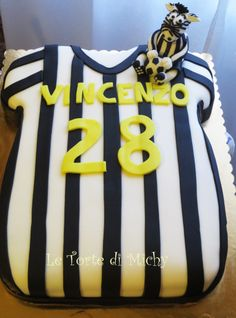 Le torte di michy cake design on pinterest peppa pig for T shirt cake decoration