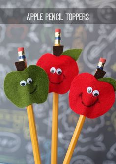 Apple Pencil Toppers-perfect for the kids going back to school! pencil topper, appl pencil, kid craft, back to school