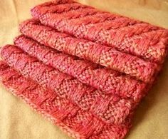 Memory Lapse Scarf: includes free knitting pattern for a textural scarf.