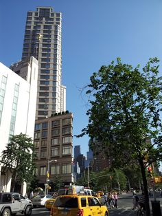 The Manhattan temple in New York City is next to many skyscrapers and a beautiful little park.  TrinaBoice.com