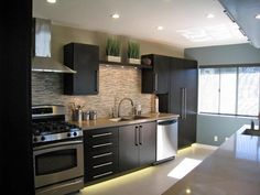 Contemporary Kitchens from Shirry Dolgin on HGTV