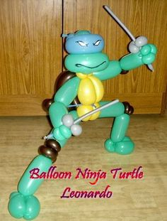 Make a balloon Ninja Turtle (step by step) - Teenage Mutant Ninja Turtles - Zimbio balloon art, animals, birthday parties, clown, ninjaturtl, turtl parti, hat party, art sculptures, ninja turtles