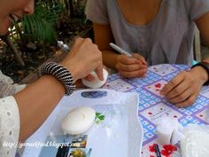 Selena learns the art of Thai soap carving in Chiang Mai with Khun Narata.