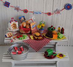 miniatures, miniatur picnic, juli 4th, picnic scene, mini scene, miniatur food, 4th of july, mini treasur, dollhous miniatur