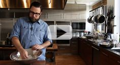 VIDEO: How to Peel a Head of Garlic in Less Than 10 Seconds   SAVEUR