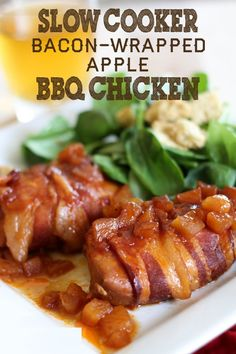SLOW COOKER BACON-WRAPPED APPLE CHICKEN - HowToInstructions.Us