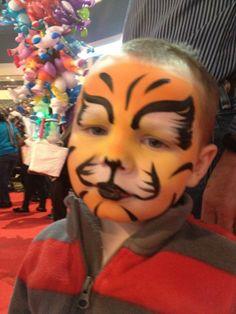 Devins circus face!