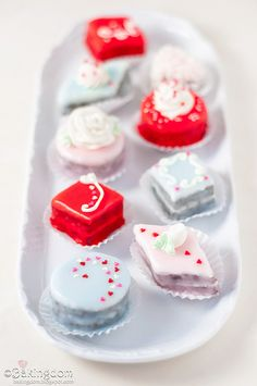 Seriously cute Valentine's Day Petit Fours.  #food #cooking #baking #cakes #petitfours #desserts #Valentines #ValentinesDay