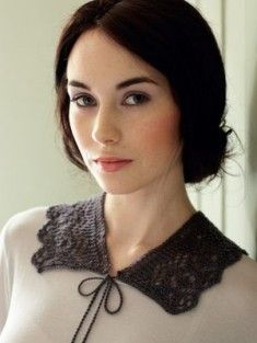 Beautiful knit lace collar designed by Debbie Bliss.  Inspired by the popular PBS show, Downton Abbey.