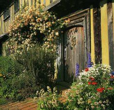 Smallhythe Place - Smallhythe - Tenterden - Kent - England
