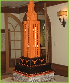 Google Image Result for http://happyweddingwishes.com/wp-content/uploads/2011/12/Perfect-Austin-Wedding-Cakes4.jpg