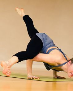 I can almost do this pose now! Thanks to Verena-oh thanks for the Lulu!