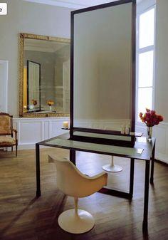 So minimalist & Parisian chic for a hair salon!