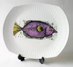 Vintage Aquarius Fish Series Plate Washington Pottery Staffordshire English Ironstone Tableware Circa 1970s Beefeater #FollowVintage