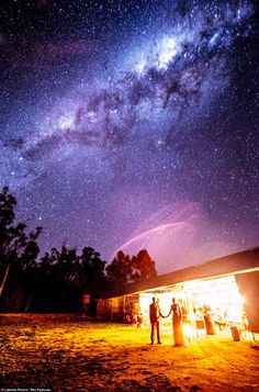 A wedding photo under the stars by Lakshal Perera.  Couple Ties the Knot Under the Milky Way  ( New South Wales, Australia )